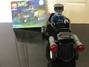 LEGO-Monster-Fighters-Car-and-Monster-30200