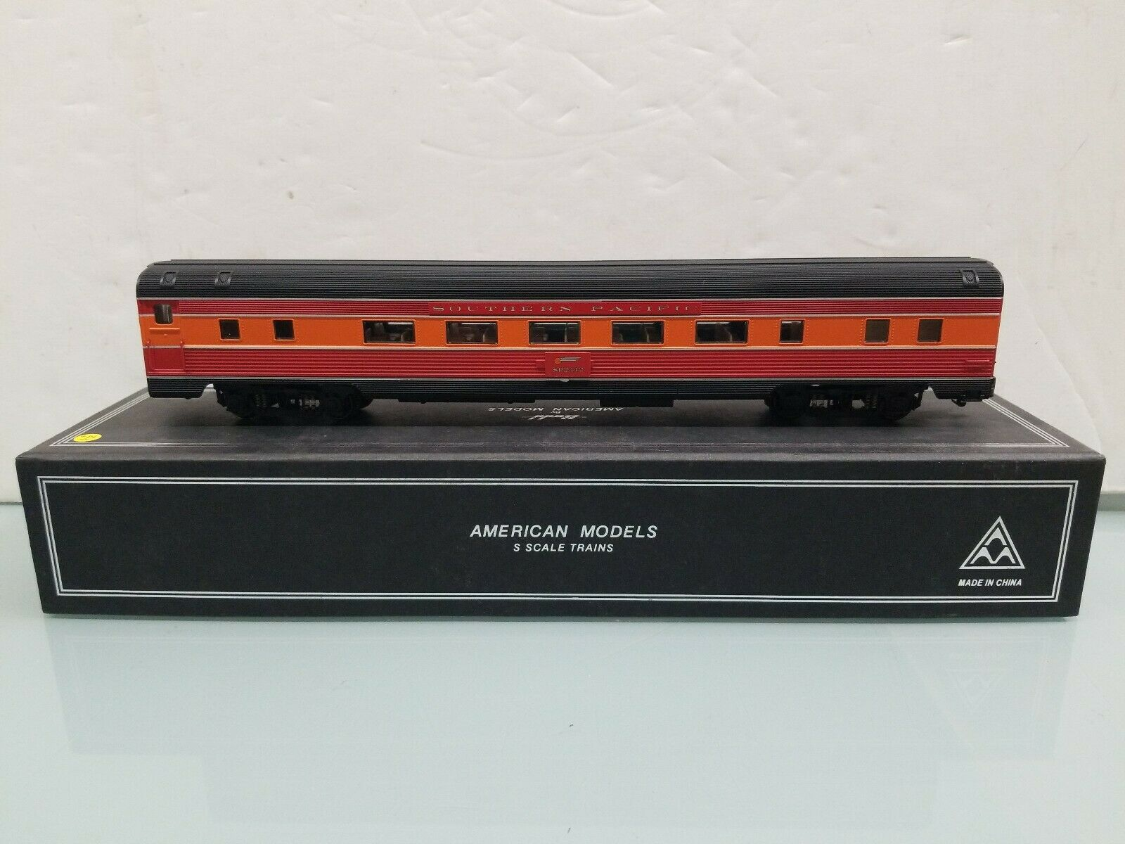 American modellos S S S Scale Sp2412 Southern Pacific Passenger auto Hirail 85ae4b