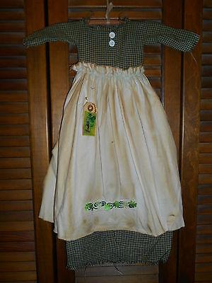 Primitive Wall Decor Dress GREEN CHECK W/APRON, Swirling Shamrocks, Irish,Celtic