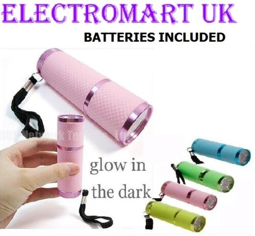 9 LED ULTRA BRIGHT RUBBER GLOW IN THE DARK TORCH INCLUDING BATTERIES
