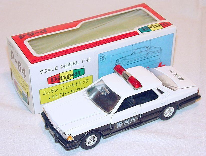 Diapet 40 nissan cedric polizeistreife limousine model auto p-64 mib ` 78 sehr selten.