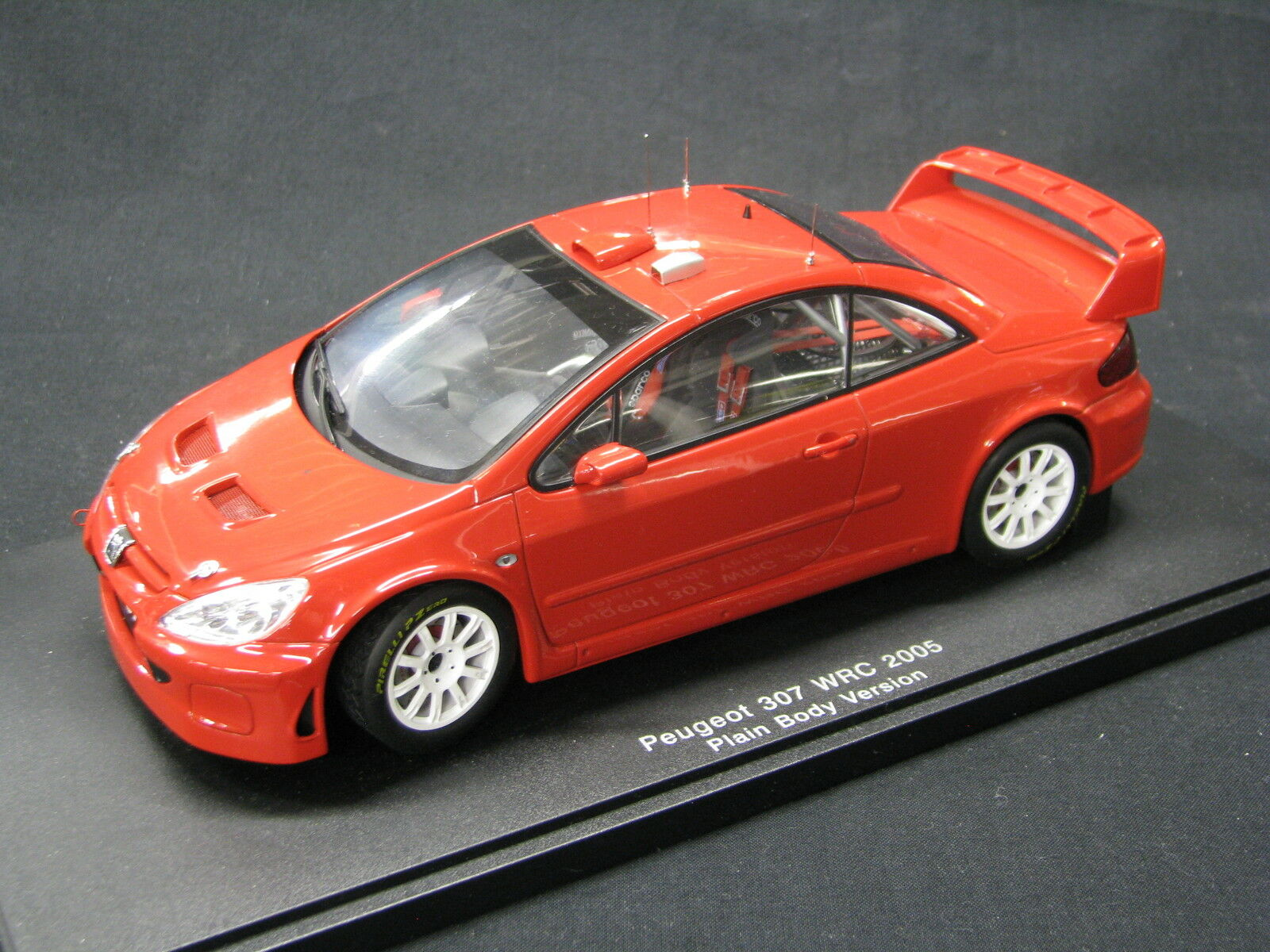 AutoArt Peugeot 307 WRC 2005 1 18 Plain Body Version (MCC)