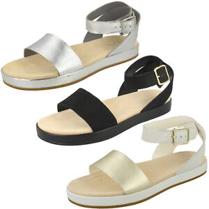 Details about Ladies Clarks 'Botanic Ivy' Casual Leather Flat Sandals D Fitting