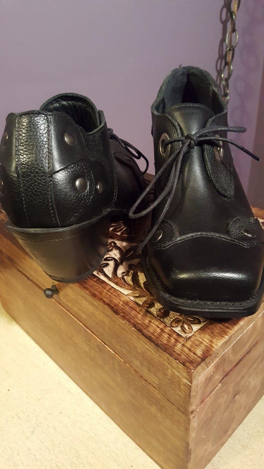 JOHN FLUEVOG FLUEVOG FLUEVOG I BELIEVE Black Leather Sz 7 western ankle boots lace 615b17