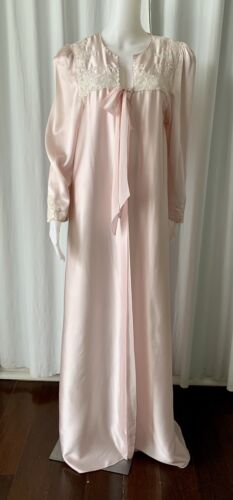 Vintage 80s Does 40s  NEW silk satin pink robe wit