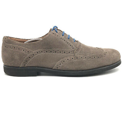 casual oxfords