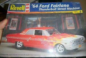 Revell 1964 Ford Fairlane Thunderbolt Street Machine 1 25