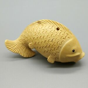 Hand Carved Japanese Boxwood Netsuke Mouse /& Fish Handy Wood Figurine Carving