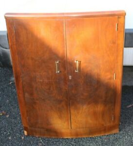 1920s-Walnut-Cocktail-Cabinet-with-Good-Interior