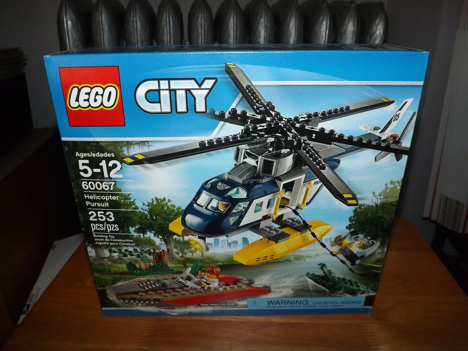LEGO, CITY, HELICOPTER PURSUIT, KIT  60067, 253 PIECES, NIB, 2015