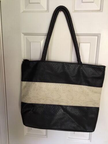 Faux Shoulder And Snakeskin White Black Bag FcTKlJ13