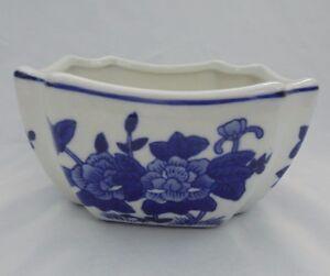 Blue White China Floral Planter Chinoiserie Decor Ebay
