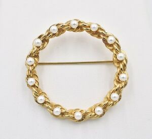 Vintage-Marvella-Faux-Pearl-Twisted-Rope-Large-Circle-Gold-Plated-Brooch-Pin