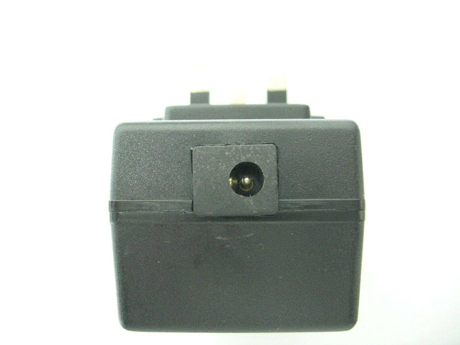 0.3 amp 24 volt Socket AC-DC (DC Output) Power Adaptor/Supply/Charger 7.2 watt