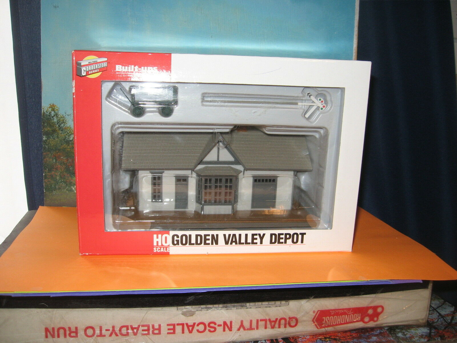 WALTHERS CORNERSTONE SERIES HO SCALE #933-2806 HO GOLDEN VALLEY DEPOT