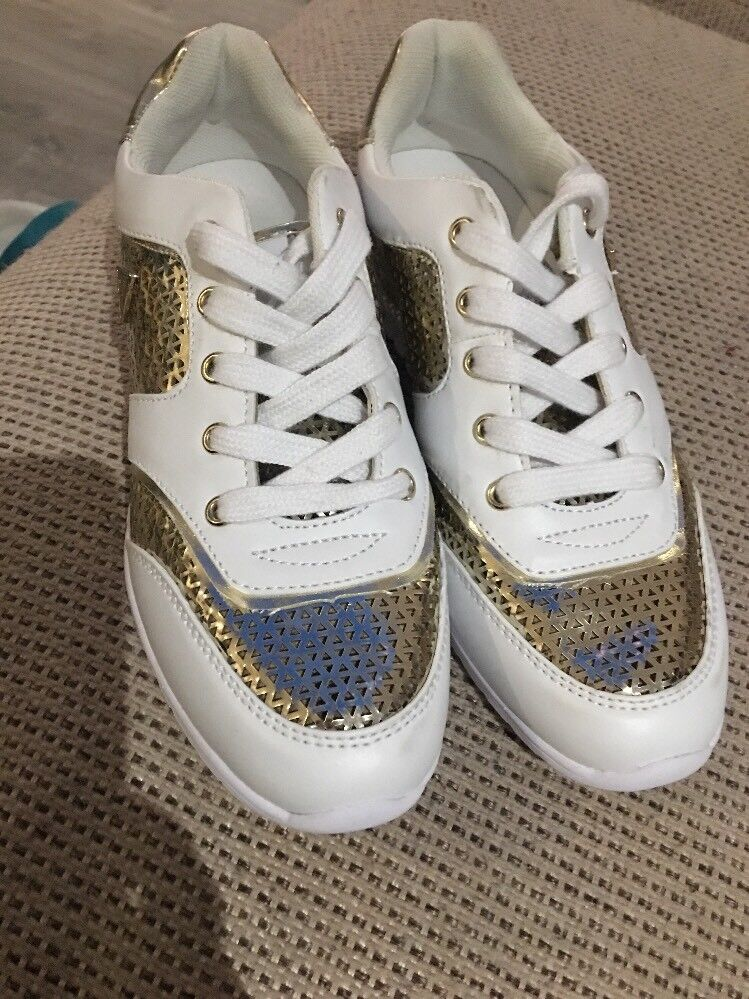 Guess Authentic Ladies White   gold Lace Up Trainers Size Eu 37.5
