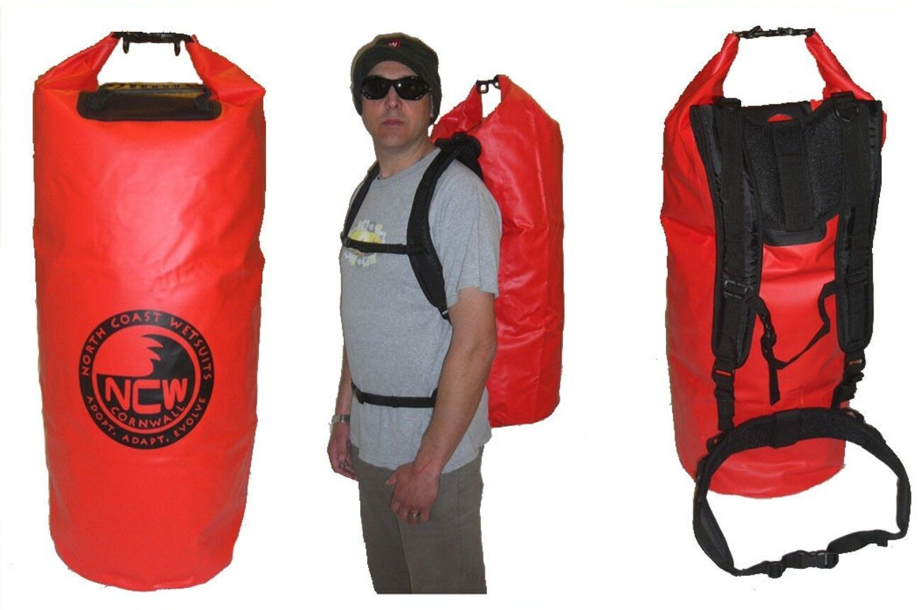 Wetsuits bag dry bag. Keep your car 100% dry, clean & wetsuit sand mud free
