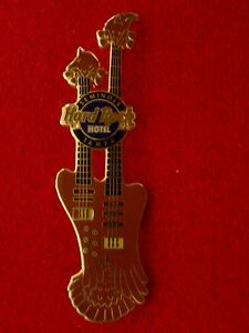 HRC-Hard-Rock-Hotel-Tampa-Bird-Double-Neck-Guitar-Bass-Leland-Sklar-LE500