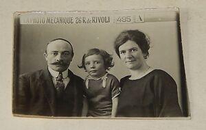 Ancienne-PHOTOGRAPHIE-d-039-une-famille-LA-PHOTO-MECANIQUE-Rue-de-Rivoli