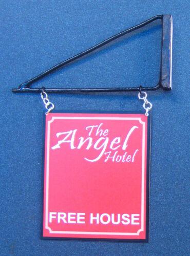 Échelle 1:12 l/'ange Hotel pub sign /& Support Maison de Poupées Miniature Accessoire