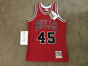 new concept 5fb12 5040c Details about Mitchell & Ness Authentic Michael Jordan Homecoming #45 Bulls  Jersey NWT Sz 40 M
