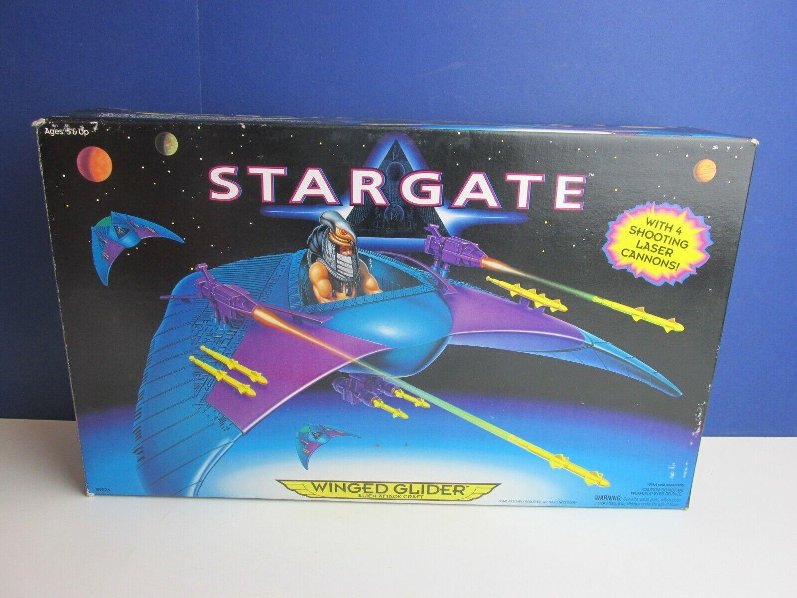 Stargate Film ALATA GLIDER veicolo 1996 VINTAGE COMPLETO IN SCATOLA HASBRO 30U