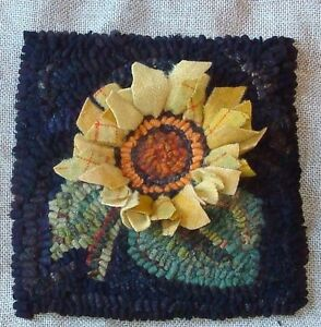 034-PRODDY-SUNFLOWER-034-RUG-IN-A-DAY-LINEN-PATTERN-PRIMITIVE-RUG-HOOKING