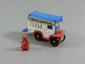 AUTOS-Circus-Sorpresa-Kaefigwagen-mit-Baer-braun