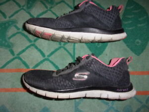 skechers memory foam flex sole