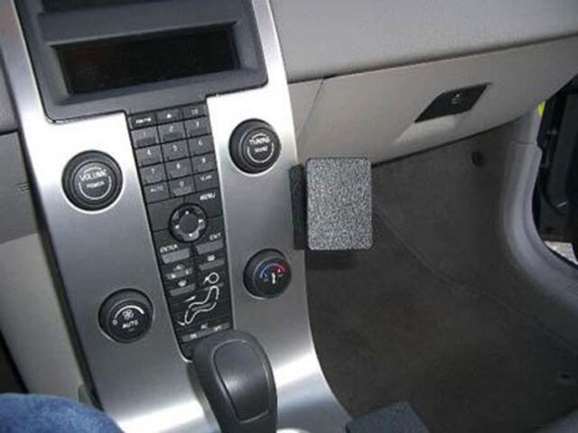 Brodit ProClip - Volvo C30 / C70 / S40 / V50 - Bj. 04-15 - Angled Mount - 853361