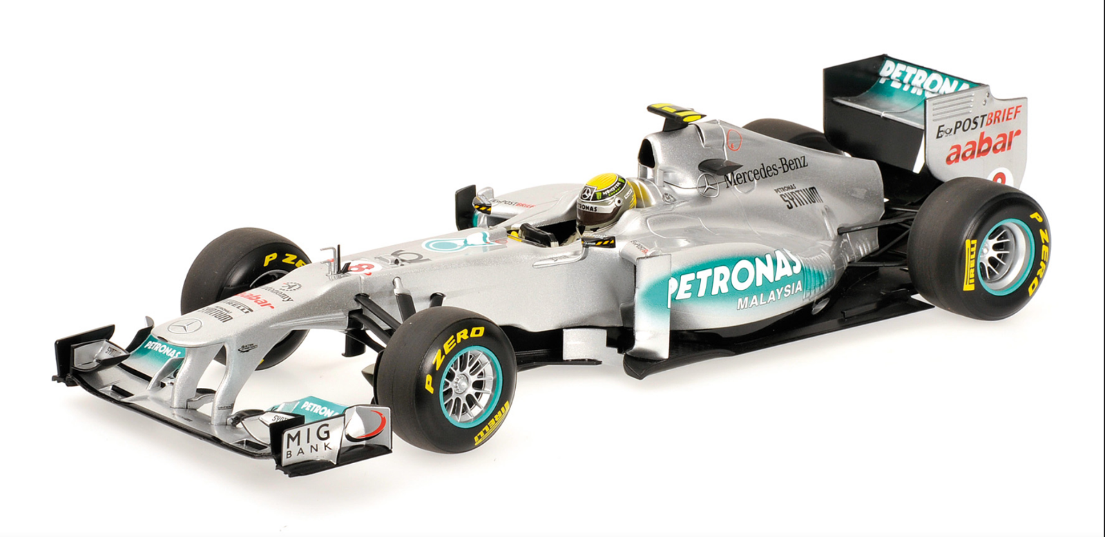 1 18 Mercedes W02 Rosberg 2011 1 18 • Minichamps 110110008