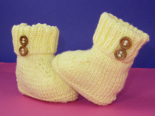 PRINTED KNITTING INSTRUCTIONS-EASY BABY 2 BUTTON BOOTIES KNITTING PATTERN