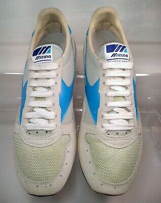 mizuno volleyball shoes germany 80