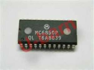 1PCS Motorola MC6850P DIP-24 ASYNCHRONOUS COMMUNICATIONS INTERFACE
