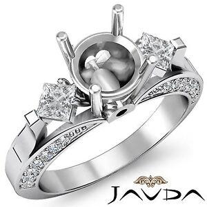 Three-3Stone-Round-Princess-Accent-Diamond-Engagement-Ring-14k-White-Gold-0-95Ct