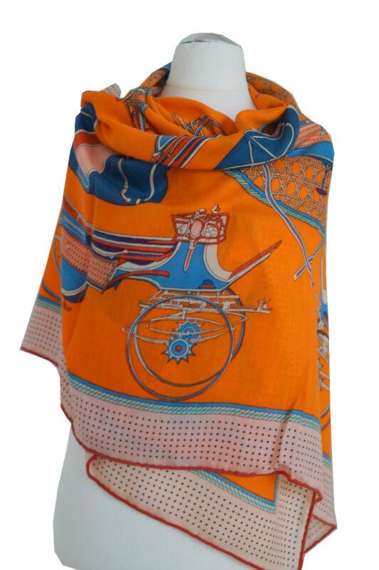 Wunderschönes Damentuch aus Seide-Kaschmir-Wolle Handrolliert. 128x128cm