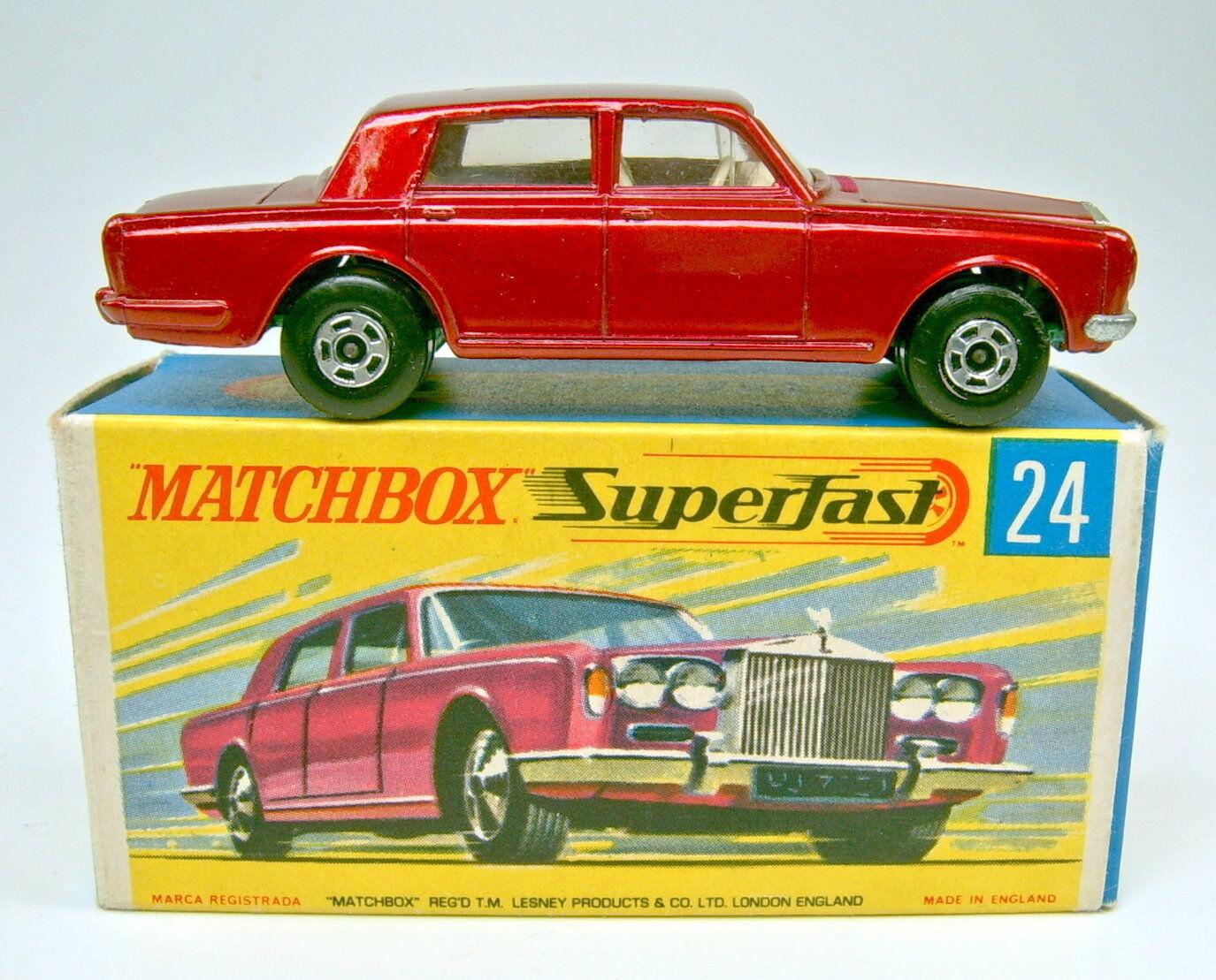 MATCHBOX SUPERFAST No.24A  ROLLS ROYCE métallique Rouge métallisé RARE vert Base  belle