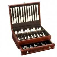 Oneida Classic Pearl 66 Piece Fine Flatware Set, Service For 12 With Mahogany Ch