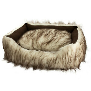 Duke and Darling Faux Fur White Pet Bed, Machine Washable, Slip Resistant, Sa...