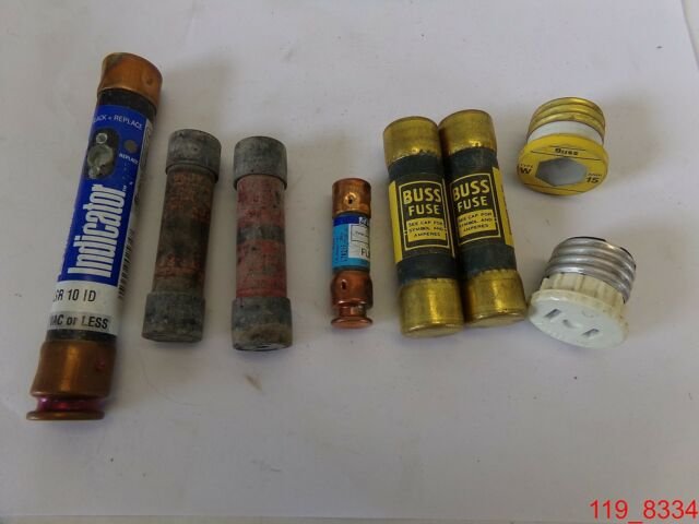 Mixed Lot Of 8 Fuses Buss Fuses  W15  U0026 Littelfuses Flnr 30  Flsr 10 Id   Dies
