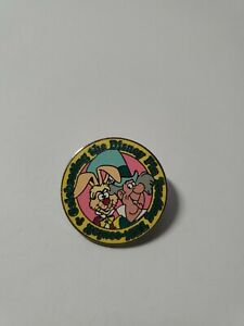 DLR 2010 Hidden Mickey Alice In Wonderland Ten Mad Hatter Disney Pin 75122