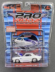 MAISTO Pro Rodz /'68 Chevy Camaro Z28 Blue And White Lot Of 2 1//64 FREE SHIPPING