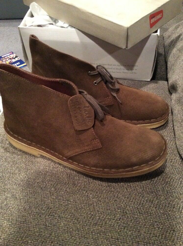 Clarks Womens Sz 9 M Suede Boots Brown