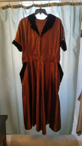 Vintage 40's 50's Women's Dress Handmade brown pa… - image 1