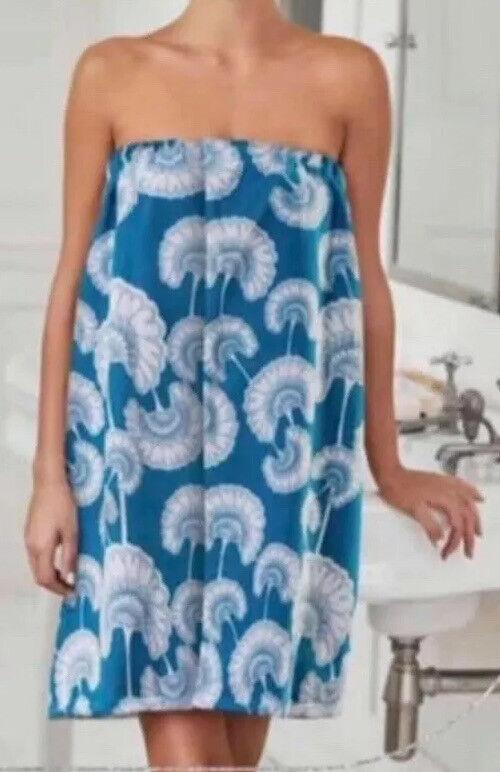 Avon Microfibre Towel Wrap New & Sealed FREE postage *Body towel Only*