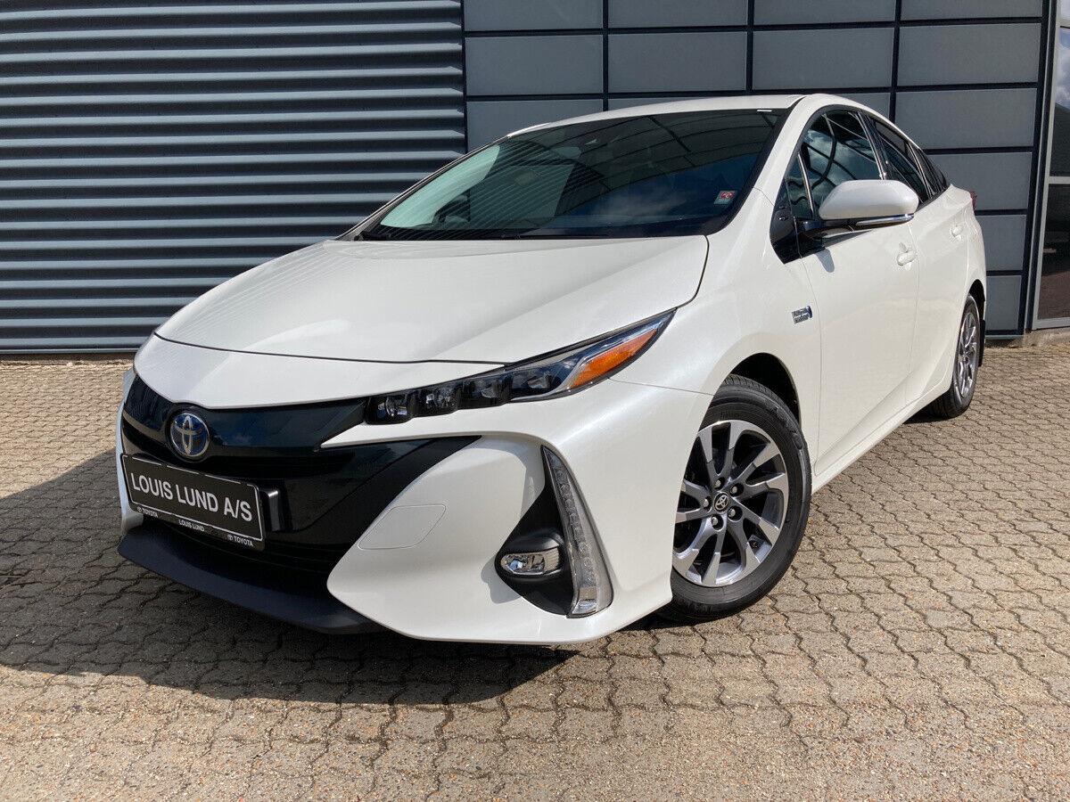 Toyota Prius 1,8 Plug-in Hybrid H3 MDS 5d - 264.900 kr.