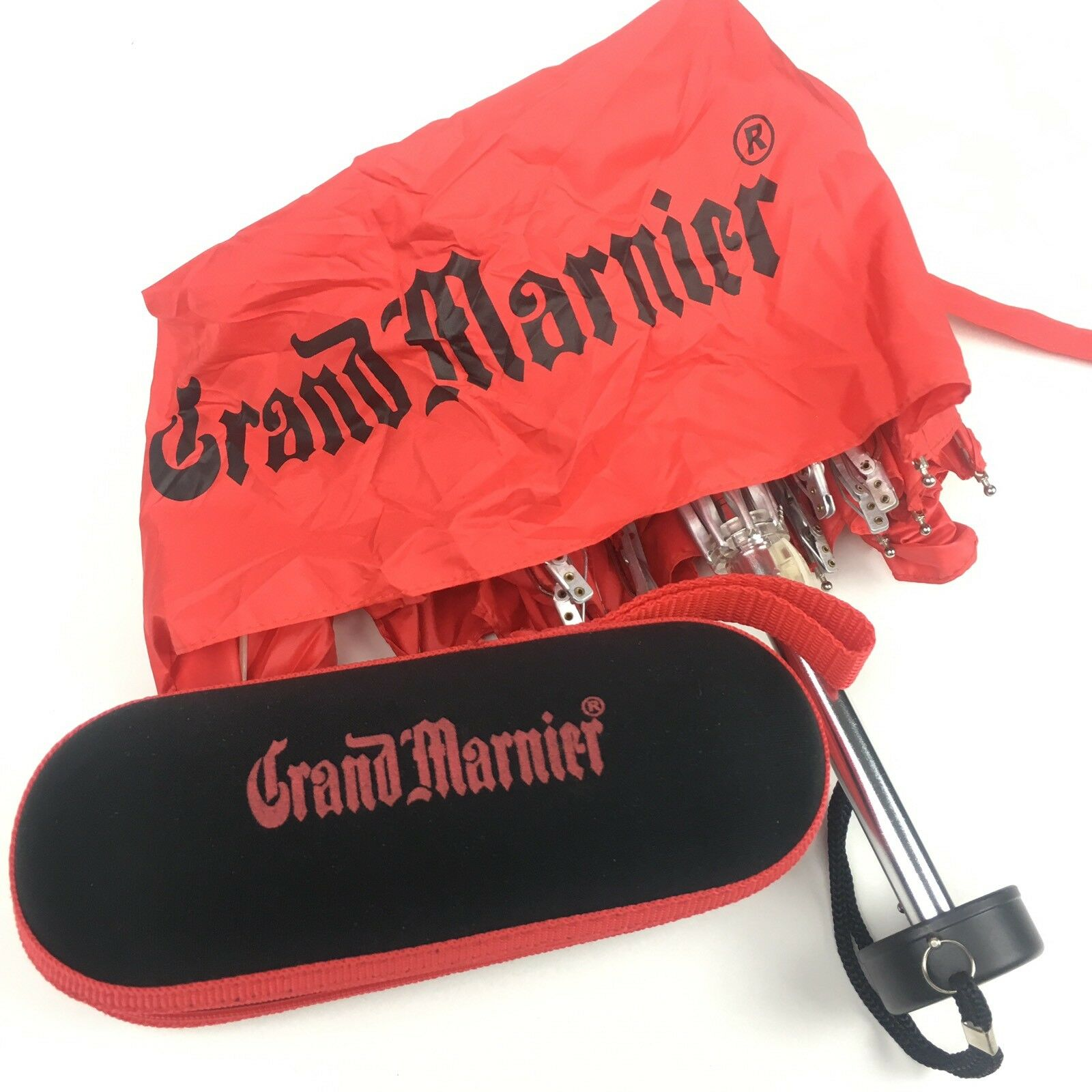 Grand Marnier Logo Regenschirm IN Reißverschluss Hülle Cognac Brandy Likör Werbe