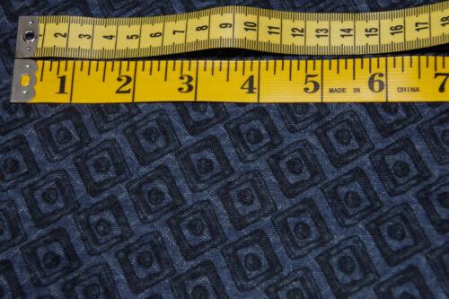 Jacquard Jersey schwarze Quadrate auf dunkelblau 0,5m