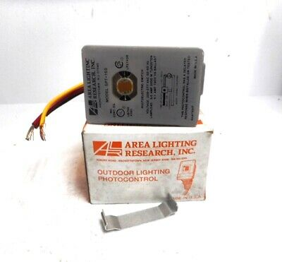 Inc SPT-15 Photocell Model 120VAC  w// Knuckle Mount 4 Area Lighting Research