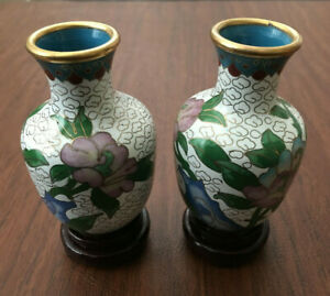 SET-of-2-Chinese-Copper-Bronze-Brass-Enamel-Peony-Cloisonne-Vase-with-Wood-Stand